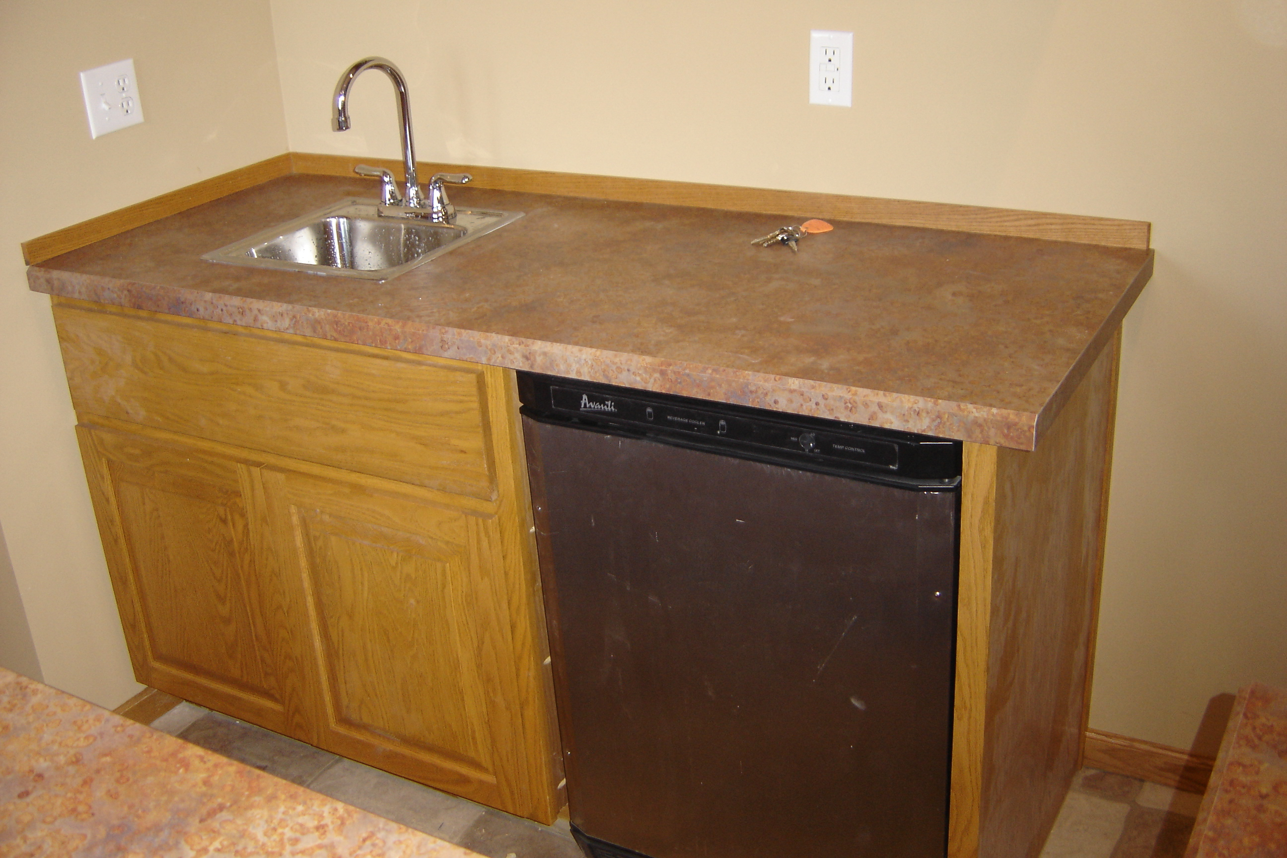 wet bar cabinet with sink concept gmm home interior. Black Bedroom Furniture Sets. Home Design Ideas